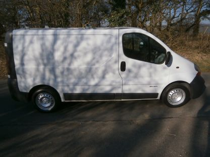 Used RENAULT TRAFIC in Bridgend, Mid Glamorgan for sale