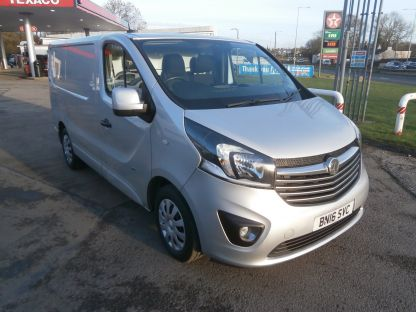 Used VAUXHALL VIVARO in Bridgend, Mid Glamorgan for sale