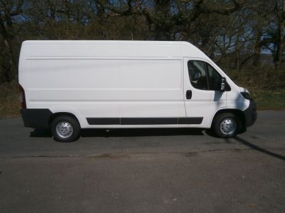 Used PEUGEOT BOXER in Bridgend, Mid Glamorgan for sale